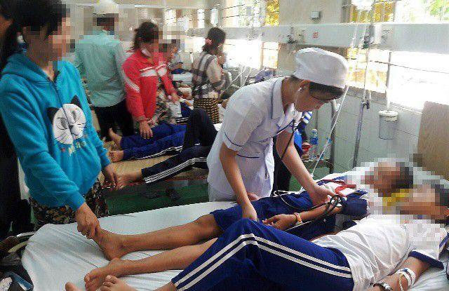 Vụ học sinh ngộ độc do súc miệng fluor tại Cà Mau: Kỷ luật 2 cán bộ y tế-1
