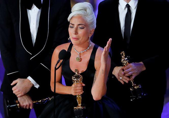 Lady Gaga lần đầu thắng giải Oscar với ca khúc nhạc phim A Star Is Born-3