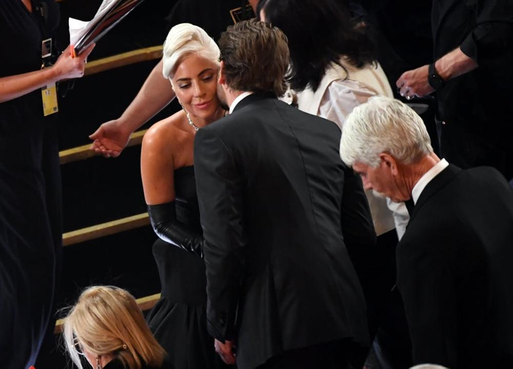 Lady Gaga lần đầu thắng giải Oscar với ca khúc nhạc phim A Star Is Born-2