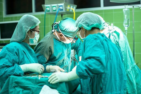 Gái chưa chồng 6 năm phá thai 17 lần, bác sĩ ngao ngán: Tử cung mỏng như tờ giấy-2