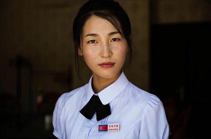 Phụ nữ Triều Tiên chỉ có 15 kiểu tóc để thay đổi và không được nhuộm màu-1