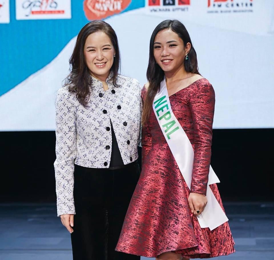 Vừa đặt chân tới Thái Lan, Nhật Hà đã xinh đẹp áp đảo dàn thí sinh Hoa hậu Chuyển giới Quốc tế 2019-12