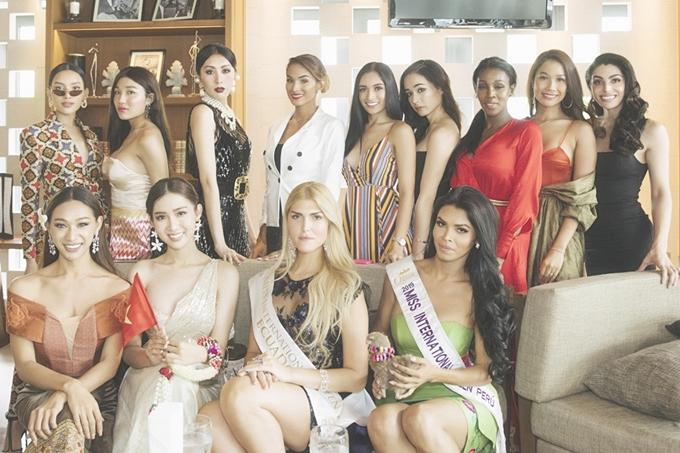Vừa đặt chân tới Thái Lan, Nhật Hà đã xinh đẹp áp đảo dàn thí sinh Hoa hậu Chuyển giới Quốc tế 2019-19