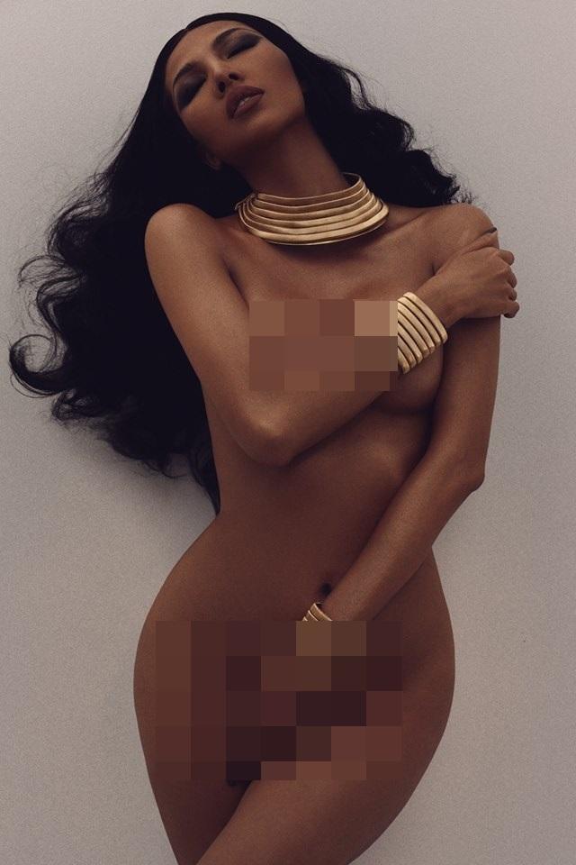 Cùng chụp hình khỏa thân nhưng mang 2 sắc thái: Ngọc Trinh trắng nõn nà - Minh Triệu khoe da nâu tuyệt đỉnh-2