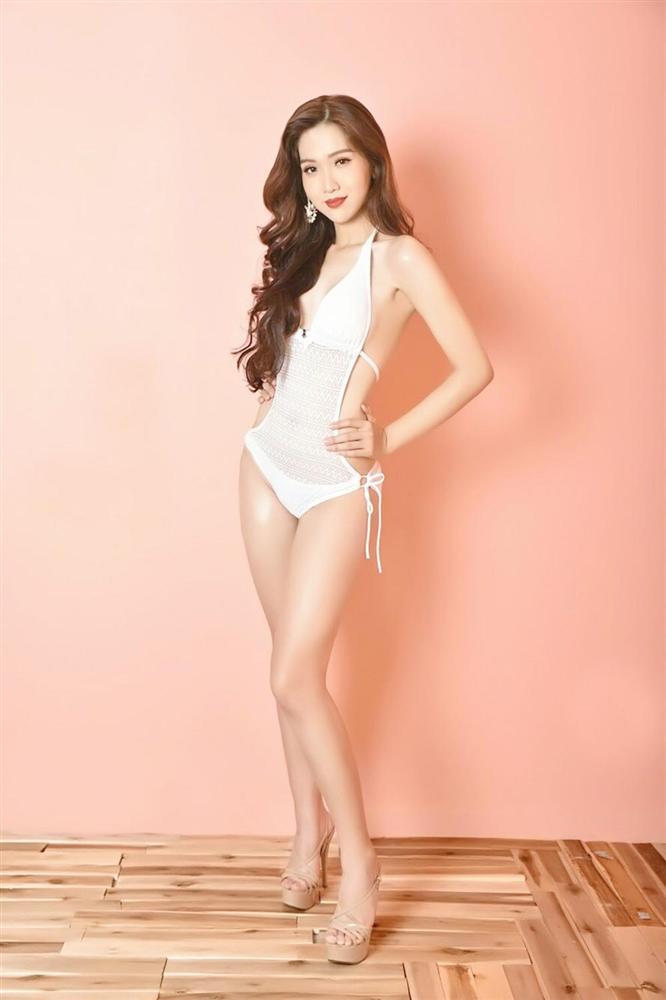 3 mỹ nhân chuyển giới Hương Giang - Nhật Hà - Lâm Khánh Chi đọ dáng bikini: Ai xuất sắc nhất?-7