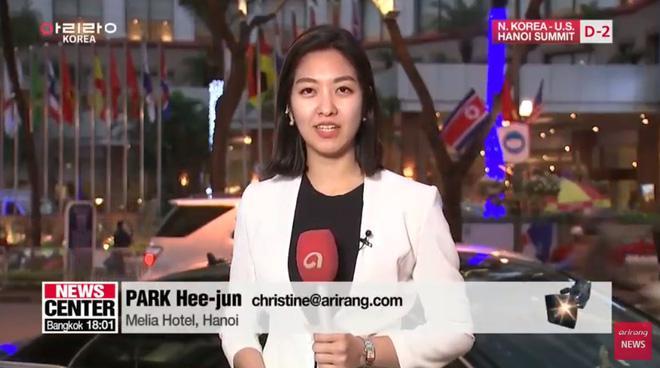 Điểm danh loạt cực phẩm phóng viên đến từ Hàn Quốc đang hạ gục cư dân mạng Việt Nam-3