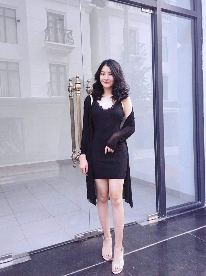 Nữ sinh mặc áo dài trắng tặng hoa ông Kim Jong Un là ai?-7