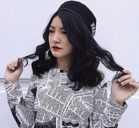 Nữ sinh mặc áo dài trắng tặng hoa ông Kim Jong Un là ai?-8
