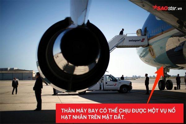 Tổng thống Mỹ Donald Trump vừa tới Hà Nội bằng Air Force One, đây là những điểm đặc biệt nhất về chiếc máy bay này-4