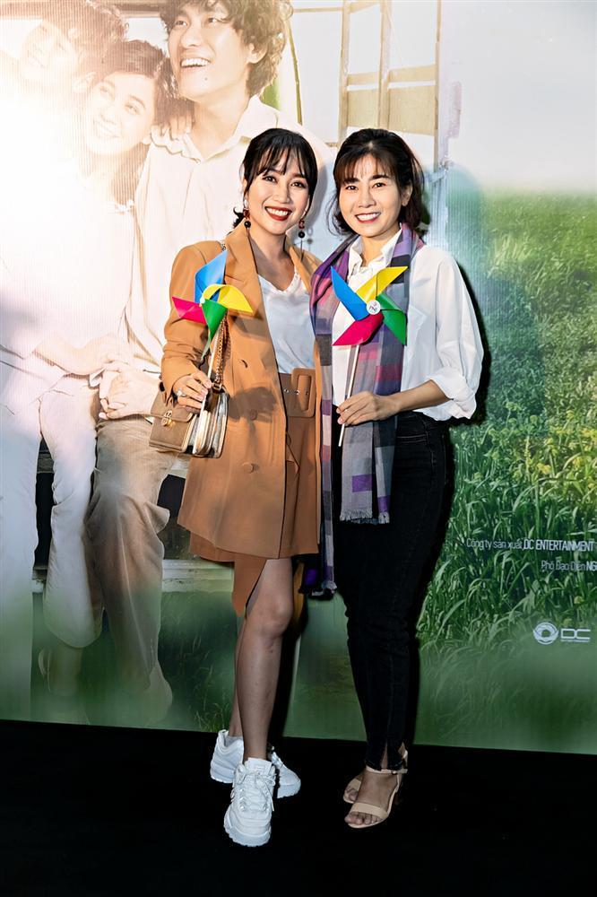 Sau chuỗi ngày chống chọi với bệnh ung thư, Mai Phương rạng rỡ đến chúc mừng phim mới của Cát Phượng và Kiều Minh Tuấn-2