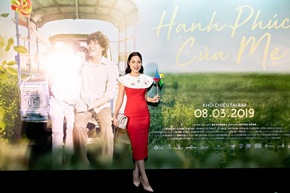 Sau chuỗi ngày chống chọi với bệnh ung thư, Mai Phương rạng rỡ đến chúc mừng phim mới của Cát Phượng và Kiều Minh Tuấn-11