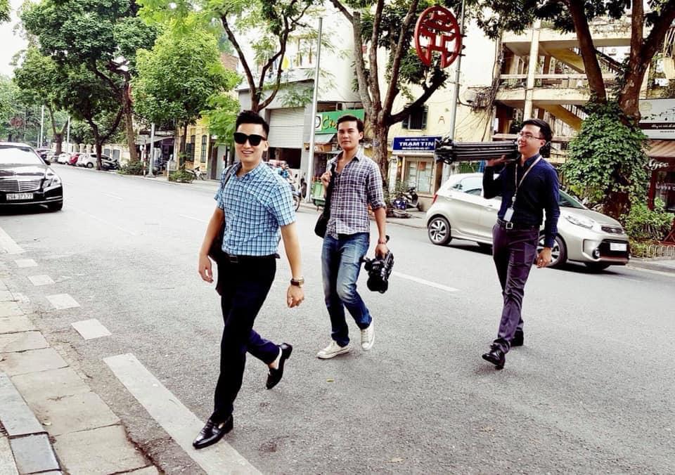 Đừng vội rụng trứng vì cực phẩm phóng viên xứ Hàn, dàn nhà báo Việt Nam thậm chí còn bảnh hơn nhiều-8