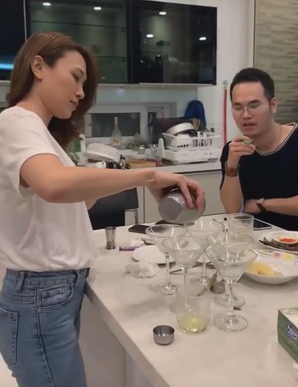Chỉ là hát trên bàn nhậu thế mà Mỹ Tâm - Khắc Hưng và Phan Mạnh Quỳnh đã biến ca khúc thành siêu phẩm trình diễn-2