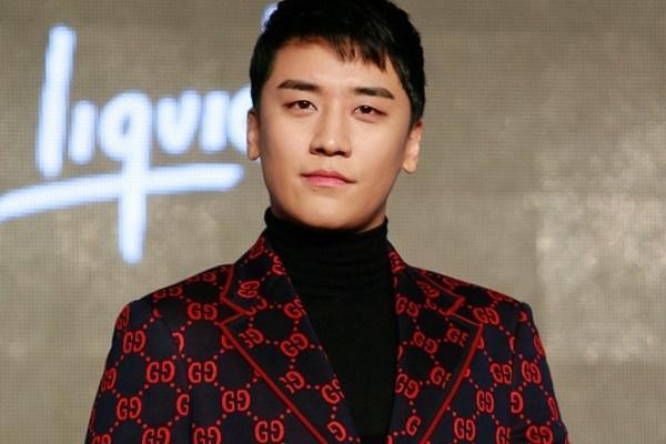 YG lên tiếng về ảnh Seungri (Big Bang) hút bóng cười ở Hà Nội-2