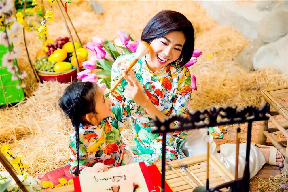 Không cần con gái thành công hay xinh đẹp, điều mà Mai Phương trông đợi ở bé Lavie lại bình dị vô cùng-2