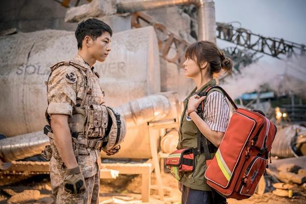 Song Hye Kyo và Song Joong Ki đã yêu nhau quá đẹp ở Hậu duệ mặt trời-1
