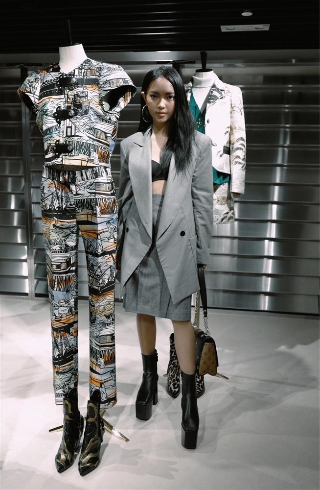 Mất tiền để đẹp mà chẳng thấy đẹp, những đôi cà kheo to khủng bố đang phá nát diện mạo của nhiều mỹ nhân Việt-6
