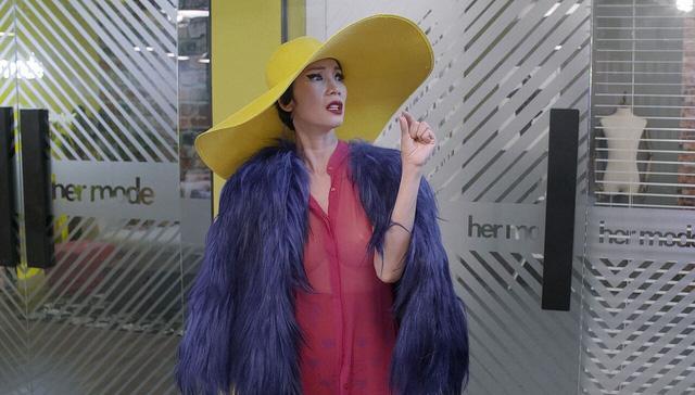 Chết cười với phong cách thời trang siêu cấp đồng bóng của Xuân Lan-5