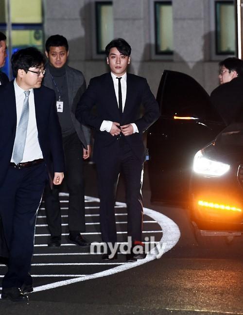 Toàn cảnh Big Bang Seungri và nguy cơ vướng vòng lao lý với scandal buôn bán ma túy, môi giới mại dâm-6