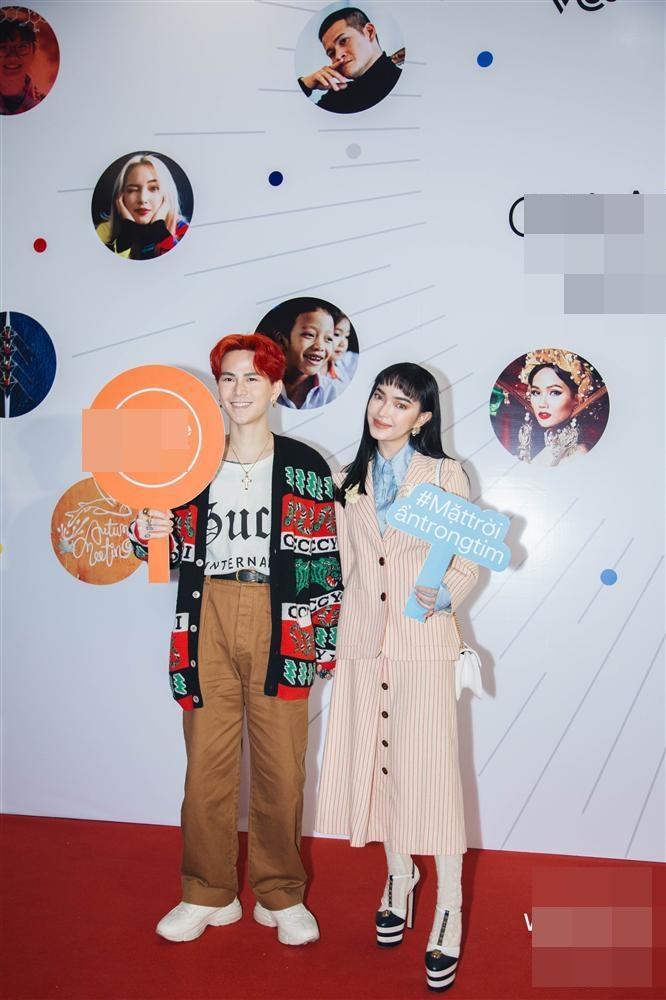 Mất tiền để đẹp mà chẳng thấy đẹp, những đôi cà kheo to khủng bố đang phá nát diện mạo của nhiều mỹ nhân Việt-5