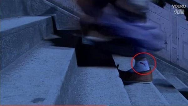 Thái tử mặc quần Adidas, vua Càn Long đi giầy sneaker... chẳng có gì là không thể ở phim cổ trang Trung Quốc-8