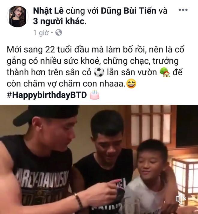 Đăng clip chúc mừng sinh nhật, bạn gái Quang Hải bất ngờ tiết lộ Đức Chinh -  Tiến Dũng đã có con trai kháu khỉnh-1