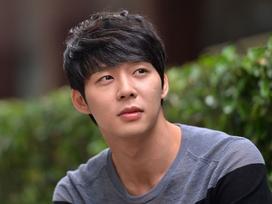 3 năm sau scandal tấn công tình dục, JYJ Park Yoo Chun lại bị hôn thê cũ bóc phốt mua dâm, lừa đảo