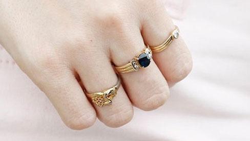 Cách đeo nhẫn chuẩn phong thủy để tình duyên viên mãn, tài lộc dồi dào may mắn cả năm-4