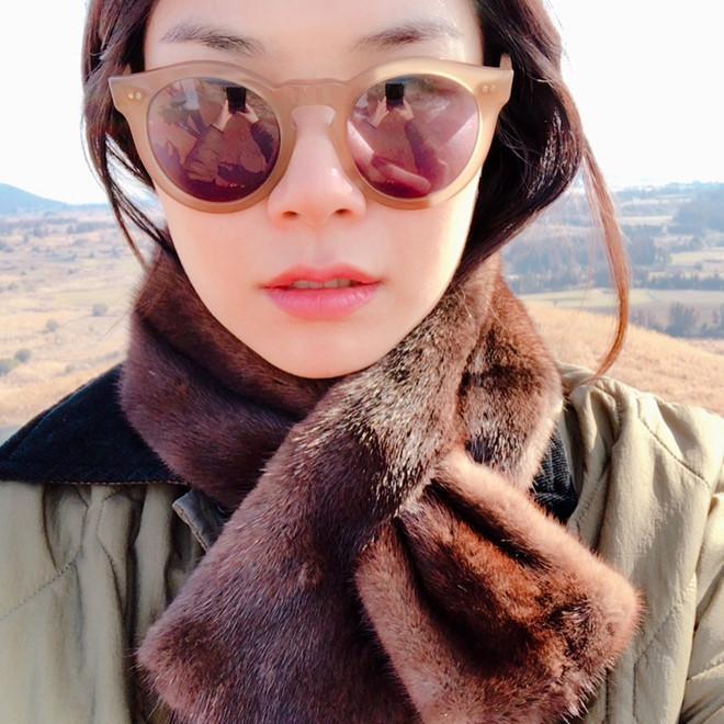 Bạn thân Song Hye Kyo bị chê xấu, ném đá sau tin cặp kè Song Joong Ki-4