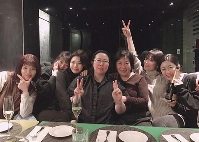 Bạn thân Song Hye Kyo bị chê xấu, ném đá sau tin cặp kè Song Joong Ki-8