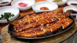 Độc đáo nhà hàng ở Mỹ chỉ phục vụ duy nhất món lươn nướng