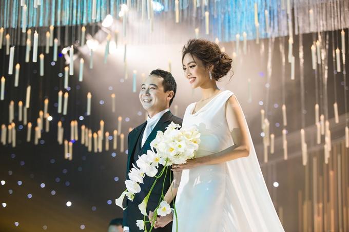Nửa năm về làm dâu gia tộc giàu có, cuộc sống trong nhung lụa của Lan Khuê khiến bao người phải khát thèm-2