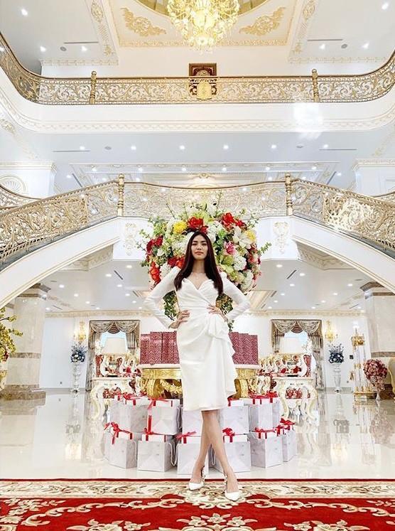 Nửa năm về làm dâu gia tộc giàu có, cuộc sống trong nhung lụa của Lan Khuê khiến bao người phải khát thèm-4