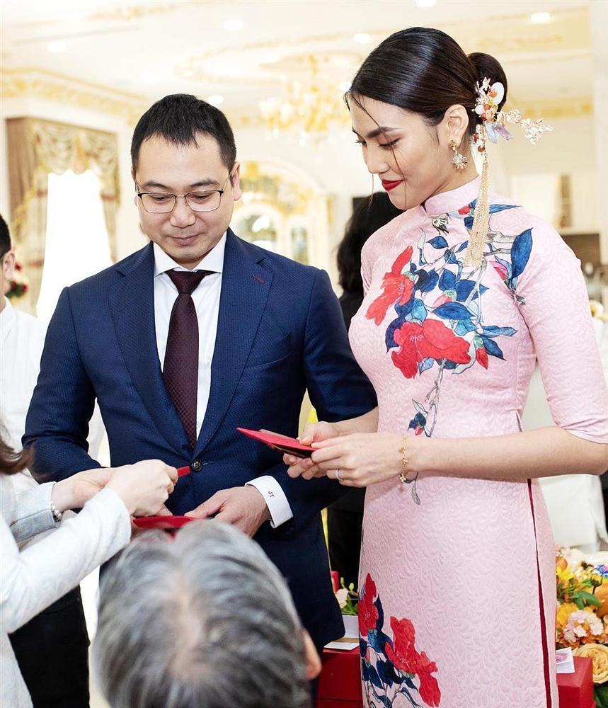 Nửa năm về làm dâu gia tộc giàu có, cuộc sống trong nhung lụa của Lan Khuê khiến bao người phải khát thèm-18