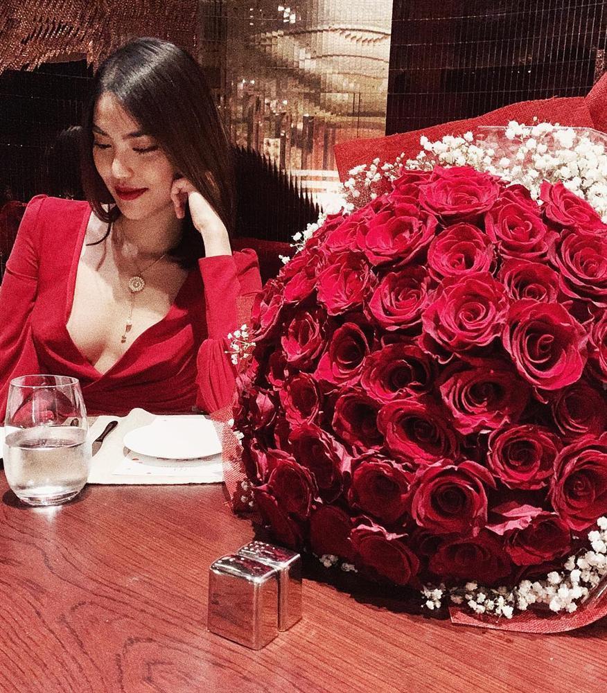 Nửa năm về làm dâu gia tộc giàu có, cuộc sống trong nhung lụa của Lan Khuê khiến bao người phải khát thèm-22