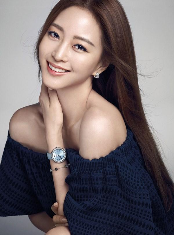 Park Shin Hye gây sốt với nhan sắc trẻ trung như thiếu nữ dù đã chạm ngưỡng 30-3