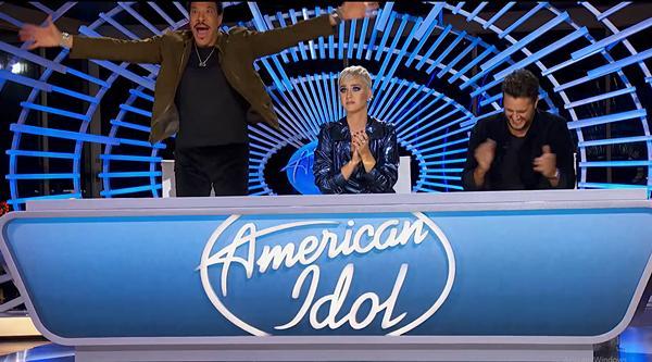 Minh Như khoe giọng khủng tại American Idol 2019 khiến Katy Perry tròn xoe mắt kinh ngạc-4