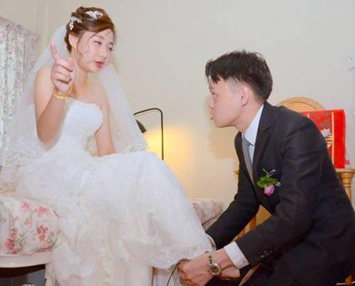 Đang yên đang lành lại chụp ảnh cưới, biểu cảm buồn nôn của cô dâu khiến dân mạng cười ngất-2