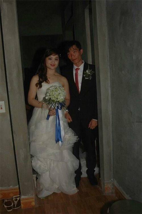Đang yên đang lành lại chụp ảnh cưới, biểu cảm buồn nôn của cô dâu khiến dân mạng cười ngất-3