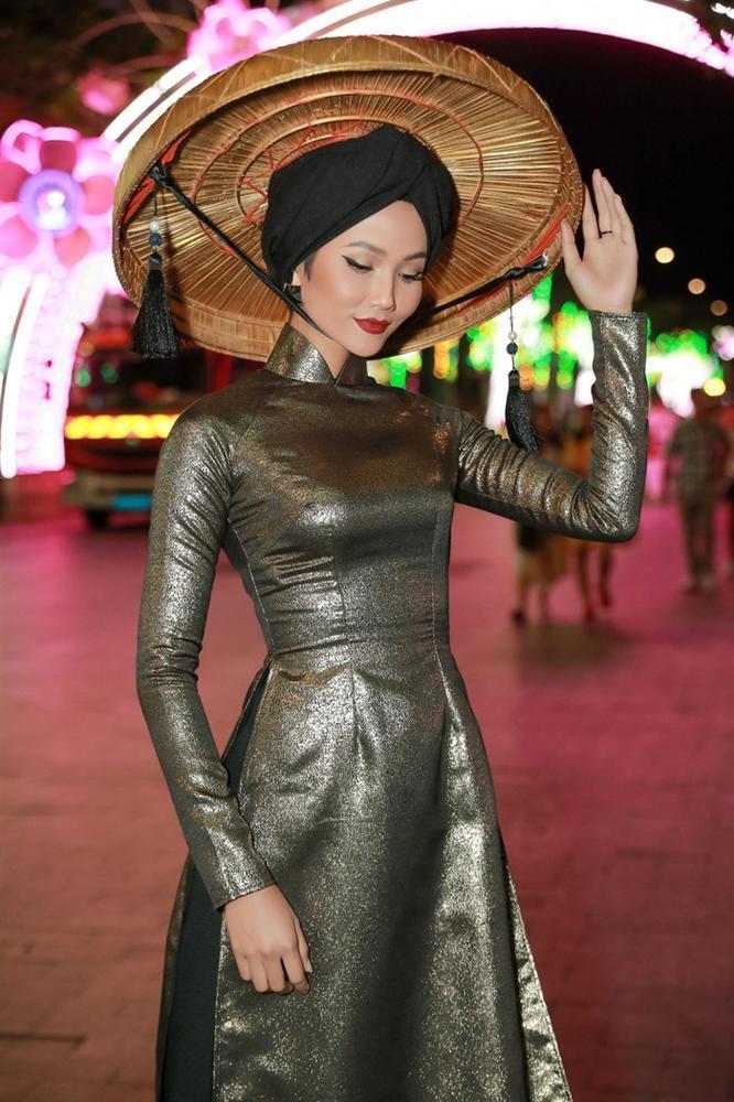 Hoa hậu HHen Niê được vinh danh trong danh sách 50 người phụ nữ ảnh hưởng nhất Việt Nam năm 2019-5