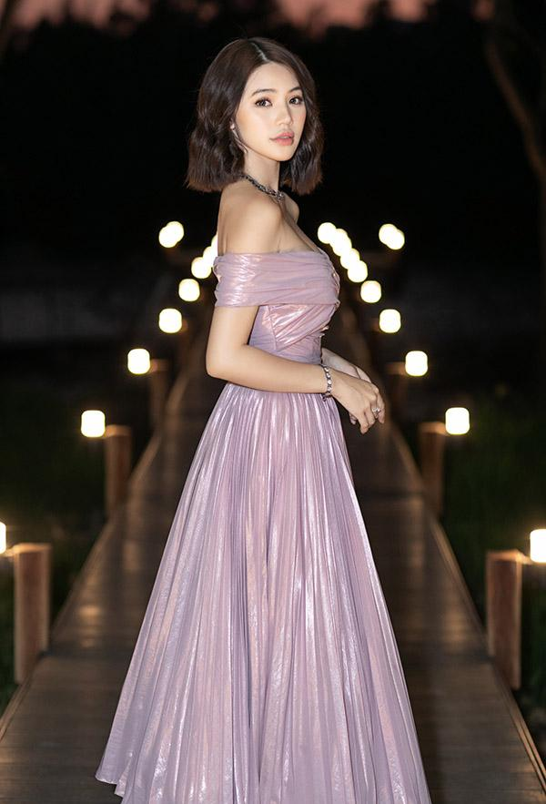 Hương Giang gây thổn thức với khoảnh khắc đẹp tựa tiên nữ - Ngọc Trinh hóa nàng thơ nổi nhất thảm đỏ tuần qua-6