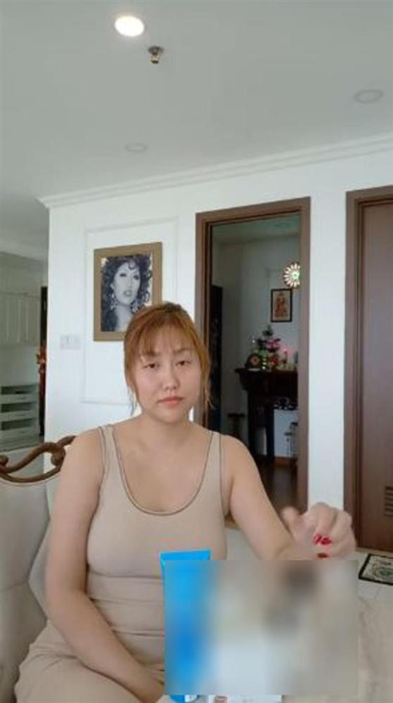 Bộ sưu tập những gương mặt lạ lẫm tuần qua gọi tên MC Nguyên Khang - Lâm Khánh Chi - Phạm Hương-3