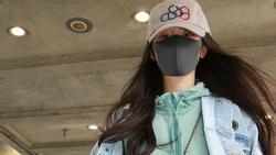 Liên tục về Hong Kong sau ly hôn, rút cục Dương Mịch muốn thăm con hay hẹn hò Tạ Đình Phong?