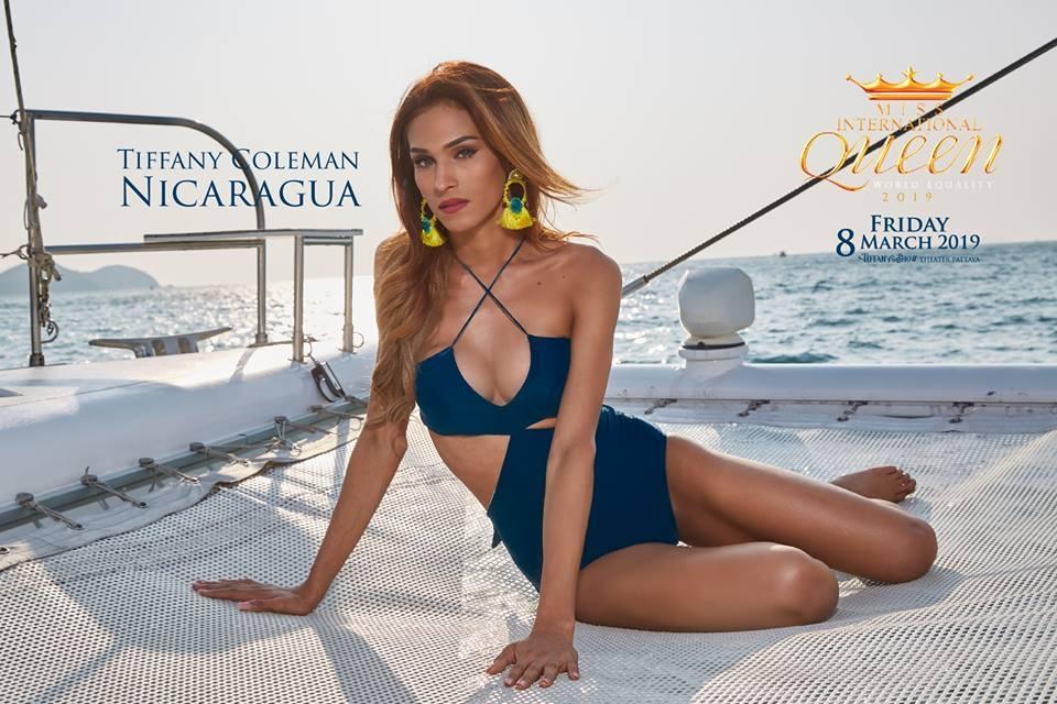 Nhật Hà khoe chân dài miên man nhưng để lộ eo bánh mì khi show bikini tại Hoa hậu Chuyển giới Quốc tế 2019-7