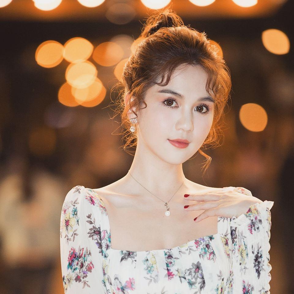 Bộ sưu tập những gương mặt lạ lẫm tuần qua gọi tên MC Nguyên Khang - Lâm Khánh Chi - Phạm Hương-9