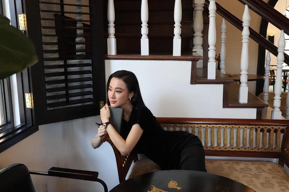 Phương Trinh Jolie thích thú vì có thể khỏa thân dạo chơi ở khu du lịch-5