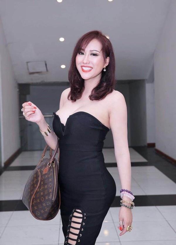 Loạt sao Việt dao kéo giờ thay đổi ra sao: Phi Thanh Vân xuống cấp, Ngân Anh môi hết sưng, được khen ngợi xinh đẹp-2