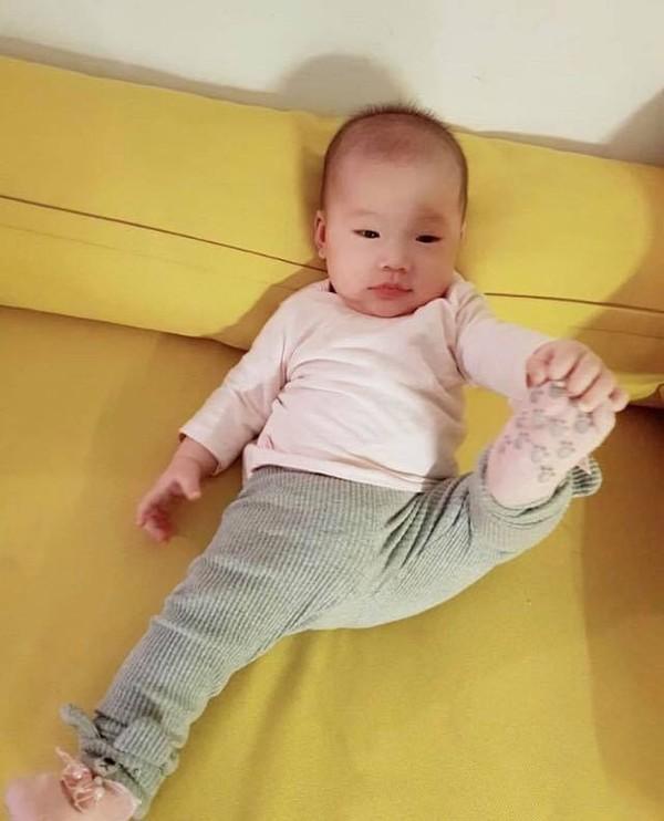 Fan 'khóc thét' vì khuôn mặt lầy lội lẫn hài hước của Cici Anh Chi, định 'hỏi tội' bố JustaTee và mẹ Trâm Anh-3