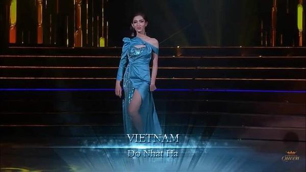 Đã mặc váy cũ của Bảo Thy thì chớ, mỹ nhân chuyển giới Nhật Hà lại còn mắc lỗi sến rện tại Miss International Queen 2019-1