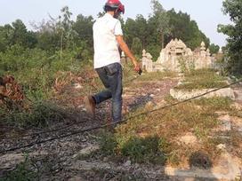 Xây mộ giả chờ nhận tiền đền bù từ dự án mở rộng sân bay Phú Bài